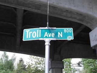 TrollAve